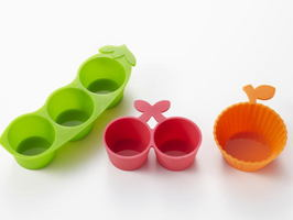 Peas, Cherry, Orange Food Cup