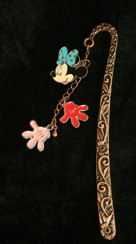 Minnie and Hand 3D Bookmark