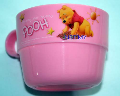 Winnie the Pooh Cup with handle (Pink)